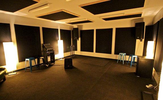 vision studios premium room